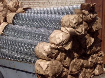 Оцинкованная сетка рабица - в рулонах